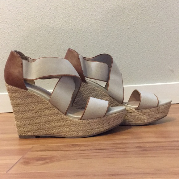 07d632781a9 Mossimo (target brand) Wedges size 8. M 5ad4f2e66bf5a693ad2cb19f